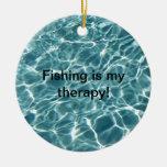 ¡La pesca es mi terapia! Adorno De Navidad