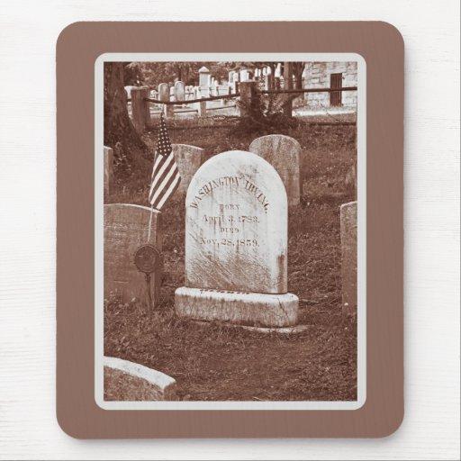 La piedra sepulcral de Washington Irving Tapetes De Raton