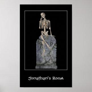 La piedra sepulcral esquelética divertida embroma  posters