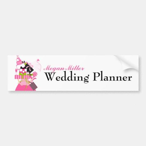 La pila imposible del boda etiqueta de parachoque