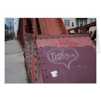 La pintada urbana le agradece cardar tarjeta pequeña