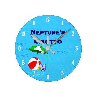 La piscina de encargo de la pelota de playa juega reloj redondo mediano