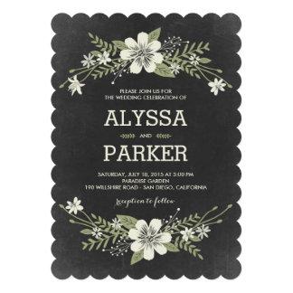 La pizarra florece las invitaciones del boda