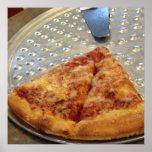 La pizza corta el poster