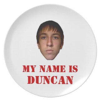 la placa 2010 mi nombre es Duncan Platos