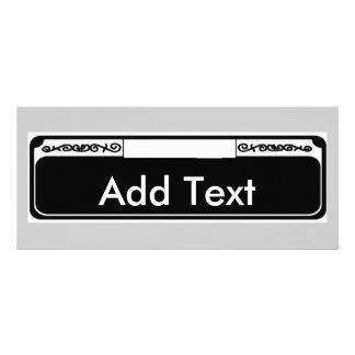 La placa de calle conocida, añade el texto diseño de tarjeta publicitaria