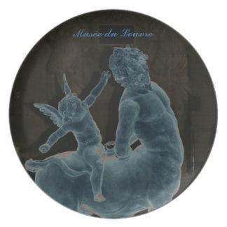 La placa del Cupid del museo del Louvre Platos Para Fiestas