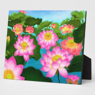 La placa del jardín del agua de Lotus