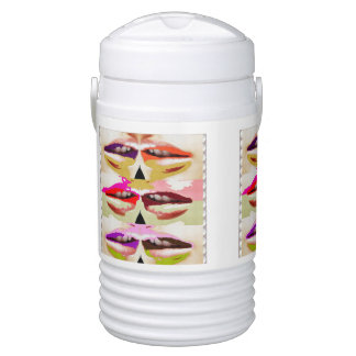 La plantilla añade los LABIOS del BESO del vaso Refrigerador De Bebida Igloo