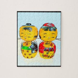 La plantilla de las muñecas de Kokeshi del japonés Rompecabezas
