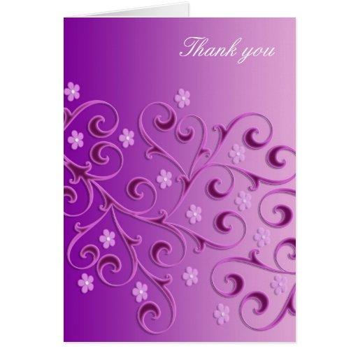 La plantilla floral púrpura de los remolinos le tarjeta de felicitación