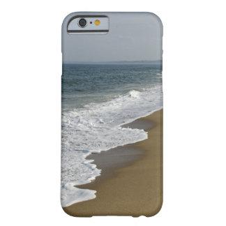 La playa agita el iPhone 6 Funda Para iPhone 6 Barely There