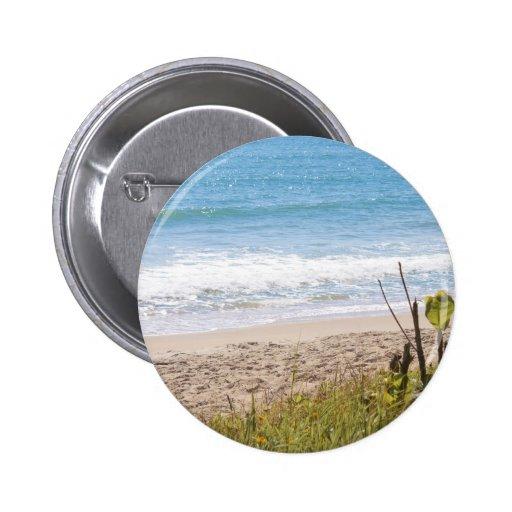 La playa azul del océano agita la fotografía pin redondo 5 cm