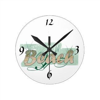 La playa colorea el reloj