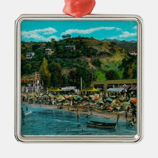La playa de baño en Avalon, isla de Catalina Adorno Cuadrado Plateado
