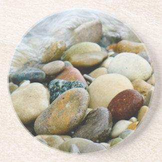 La playa de Great Lakes empiedra el práctico de co Posavasos Para Bebidas