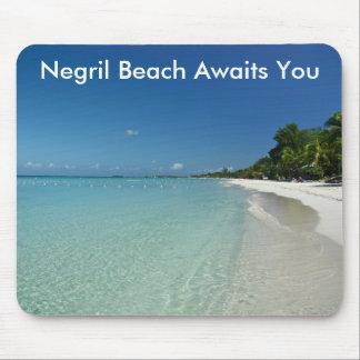 La playa de Negril le aguarda Alfombrilla De Ratones