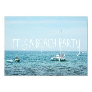 """La playa del balanceo agita los barcos en el invitación 5"""" x 7"""""""