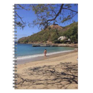 La playa en el parque nacional de la isla de la pa libros de apuntes con espiral