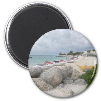 La playa en el puerto Lucaya, puerto franco Imán Redondo 5 Cm