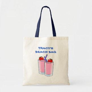 La playa rosada del verano de los daiquiríes bebe bolsa