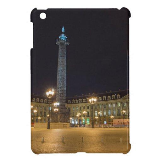 La plaza de la Concordia en París en la noche