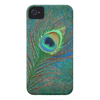 La pluma del pavo real adornó las cajas de iPhone 4 fundas