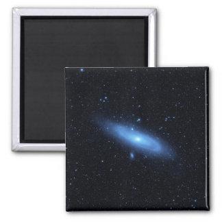 La población estelar más vieja de la galaxia del imán cuadrado