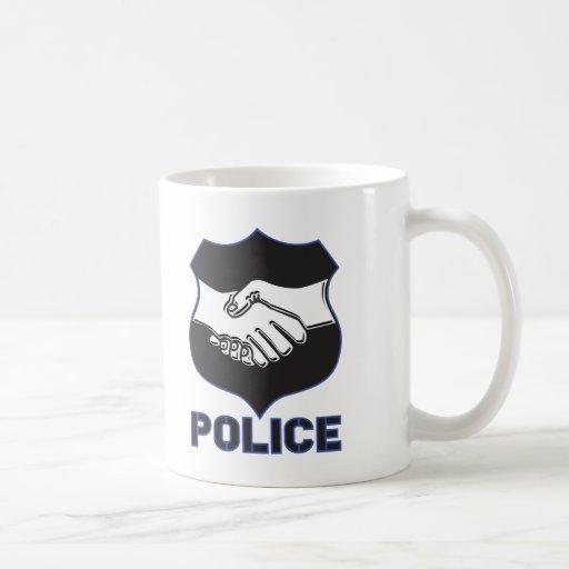 La policía da sacudida taza básica blanca