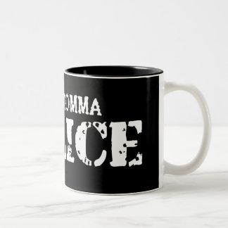 La policía de la coma asalta taza de café