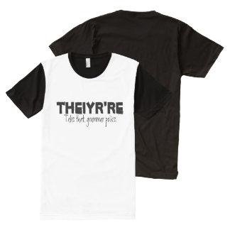 La policía de la gramática junta con te camisetas con estampado integral