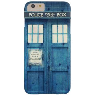 La policía del vintage llama por teléfono a la funda de iPhone 6 plus barely there