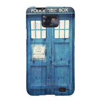 La policía del vintage llama por teléfono a la galaxy s2 carcasa