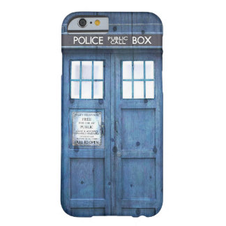 La policía divertida llama por teléfono a la caja funda de iPhone 6 barely there