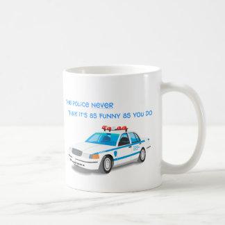 La policía Humor la taza