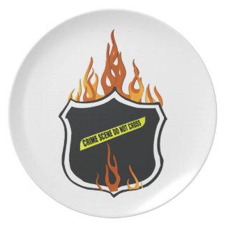 La policía llameante del tatuaje Badge Plato Para Fiesta
