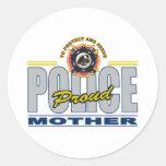 La policía orgullosa mima pegatina redonda