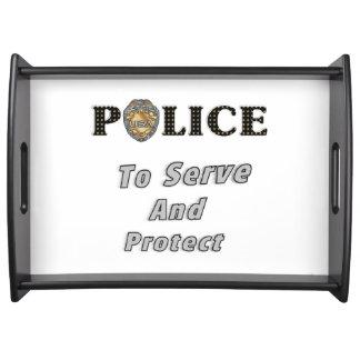 La policía protege y sirve bandeja