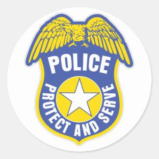 La policía protege y sirve la insignia etiquetas redondas