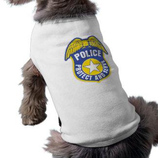 La policía protege y sirve la insignia playera sin mangas para perro