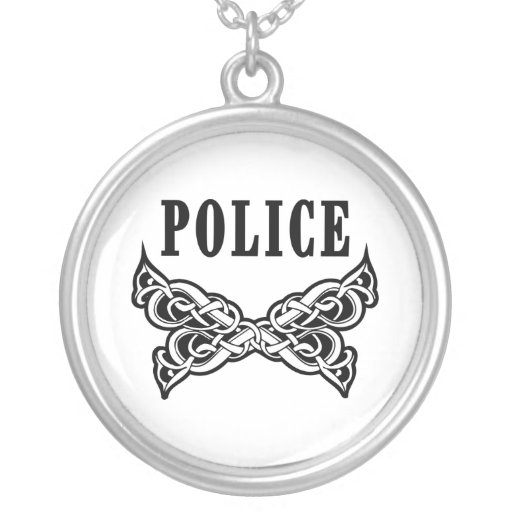 La policía tatúa colgante redondo
