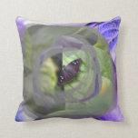 la polilla en la planta invertida afila el insecto almohadas