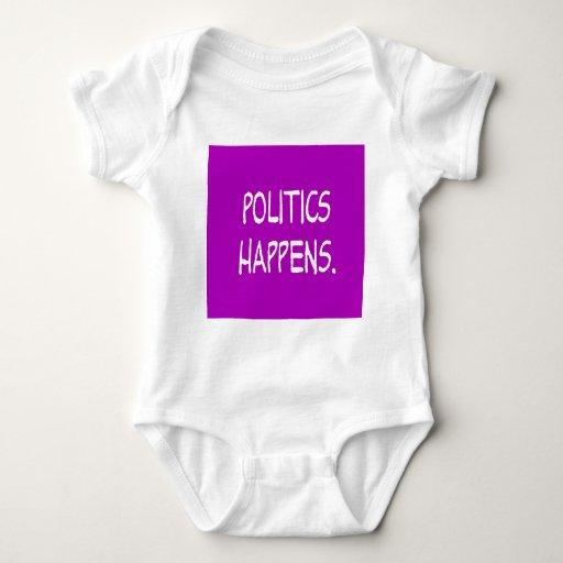 la política sucede t shirt