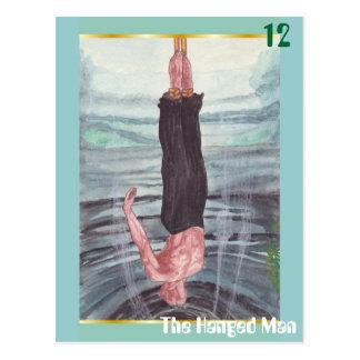 La postal colgada del hombre