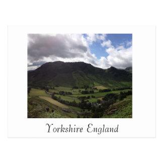La postal tituló Yorkshire Inglaterra