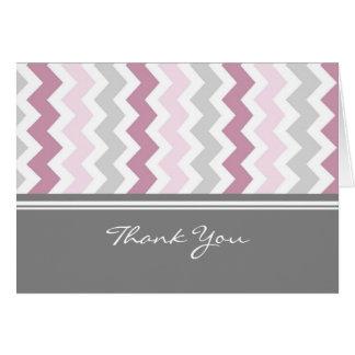 La presentadora gris rosada de la fiesta de tarjeta de felicitación