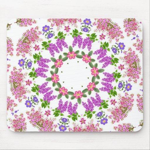 La primavera romántica florece Mousepad