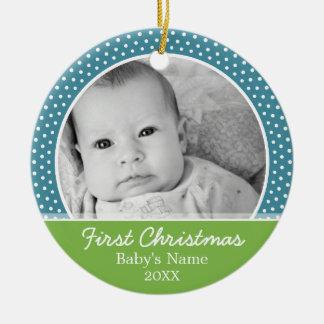 La primera foto del navidad del bebé - escoja adorno redondo de cerámica