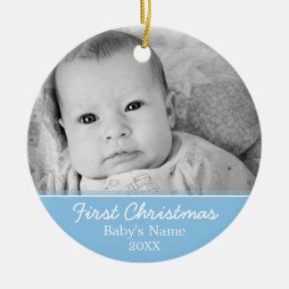 La primera foto del navidad del bebé - escoja echa ornamente de reyes