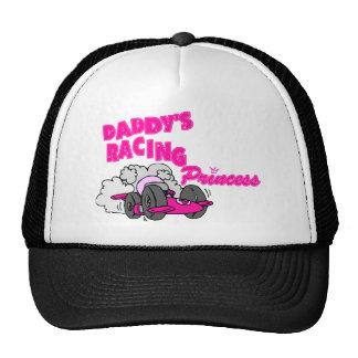 La princesa que compite con del papá gorra